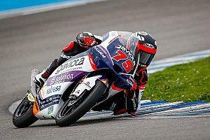 Moto3, Jerez: Arenas concede il bis, Arbolino sul podio