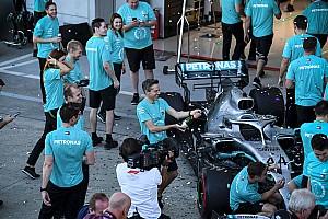 Hamilton alig hiszi el, hogy már hatszoros bajnokok