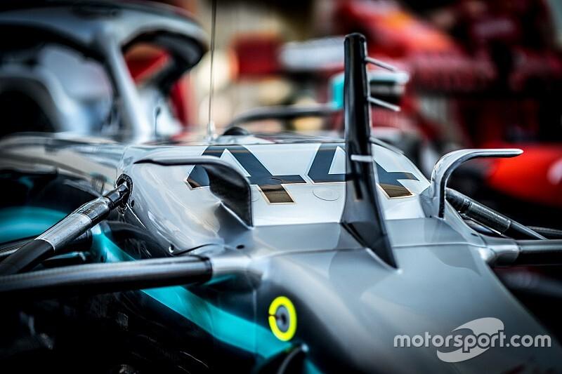 Mercedes resta in F1 e Hamilton firma fino al 2022