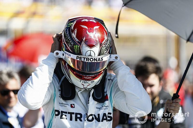 Hamilton dedica hexa da F1 à família, aos britânicos e à Mercedes
