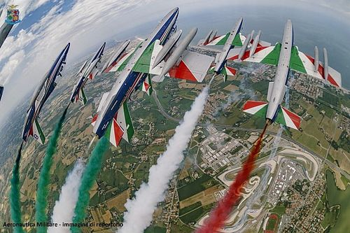 Misano, gara del Made in Italy con le Frecce Tricolori