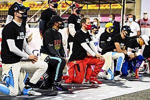 Pembalap F1 Dibebaskan Berlutut di Grid