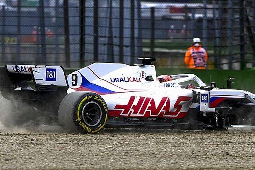 Мазепин начал Гран При Испании с вылета в гравий: фото