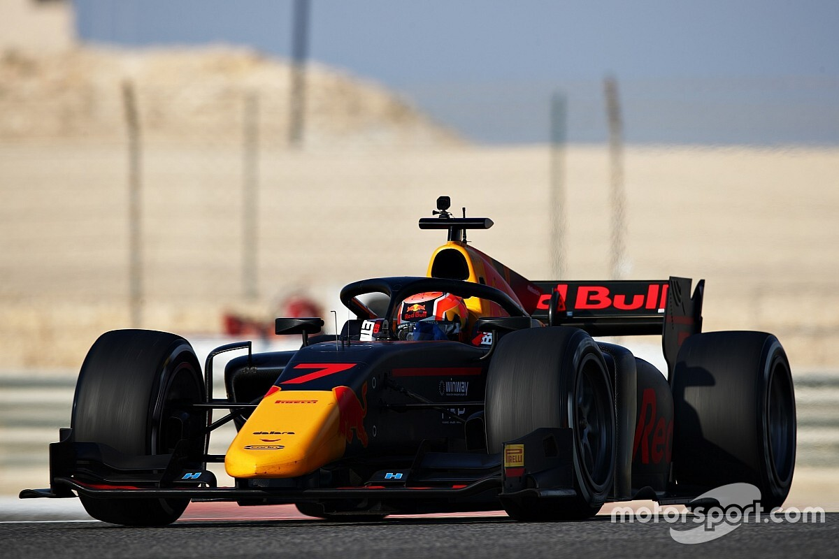 Daruvala leads Carlin 1-2 on opening day of F2 test