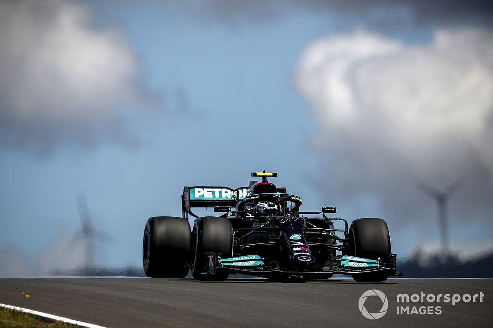 F1: Bottas supera Verstappen e lidera primeiro treino livre para o GP de Portugal