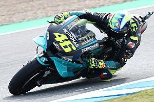 """MotoGP: Rossi diz que não está """"feliz"""" com ritmo; italiano terminou treino em Jerez em 21º"""
