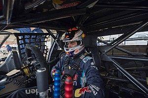 Feeney cuts Triple Eight Supercars laps