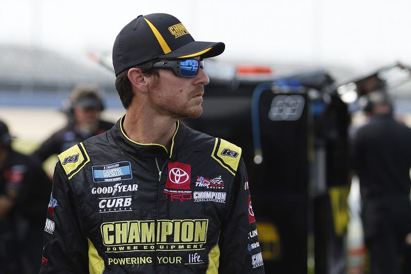 Enfinger returns to GMS Racing for two-year NASCAR Trucks deal