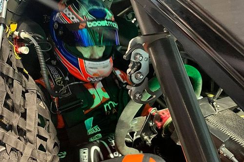 Stanaway drives a V8 for the first time since retiring