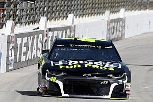 NASCAR admits mistake in placing Johnson at the rear of Texas field