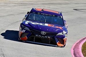 Denny Hamlin takes Stage 1 win at Martinsville