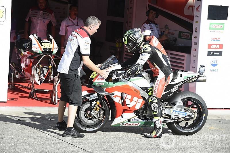 Crutchlow breekt enkel bij crash in tweede training Australische GP