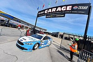 Ryan Blaney leads Friday's lone Cup practice at Texas