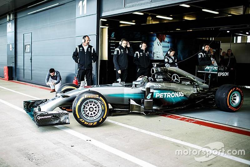 "Lorenzo makes ""dream come true"" with Mercedes F1 test"