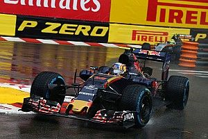 """Sainz says Toro Rosso's pitstops """"not good enough"""""""