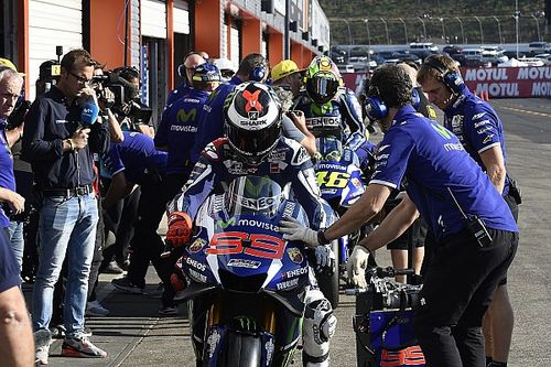 MotoGP teams to test dashboard messages in Australia