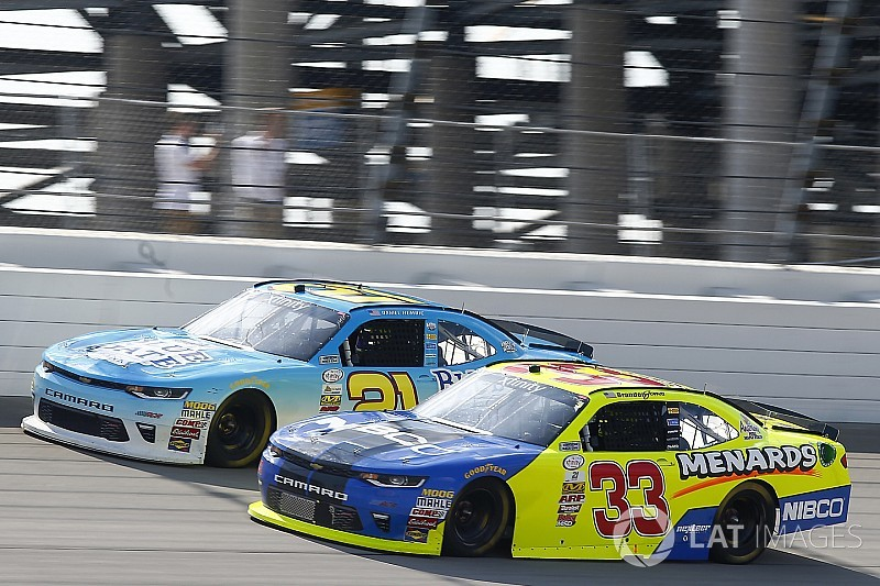 RCR realigns Xfinity crew chief lineup for Charlotte