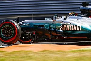 Hamilton confia na Mercedes se ordens de equipe começarem