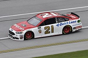 Ryan Blaney centra la prima pole della carriera in Kansas