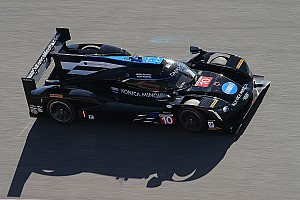 Cadillac y Ford lideran en la primera práctica en Laguna Seca