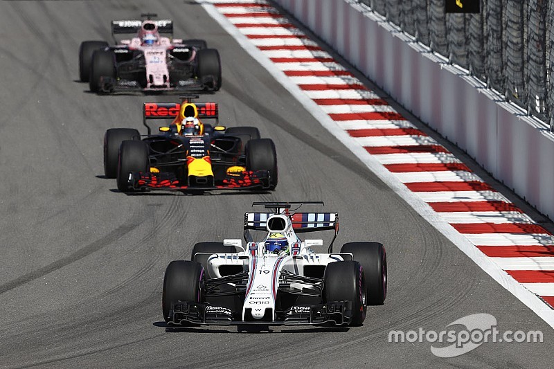 Massa column: Puncture costly in Ricciardo points battle