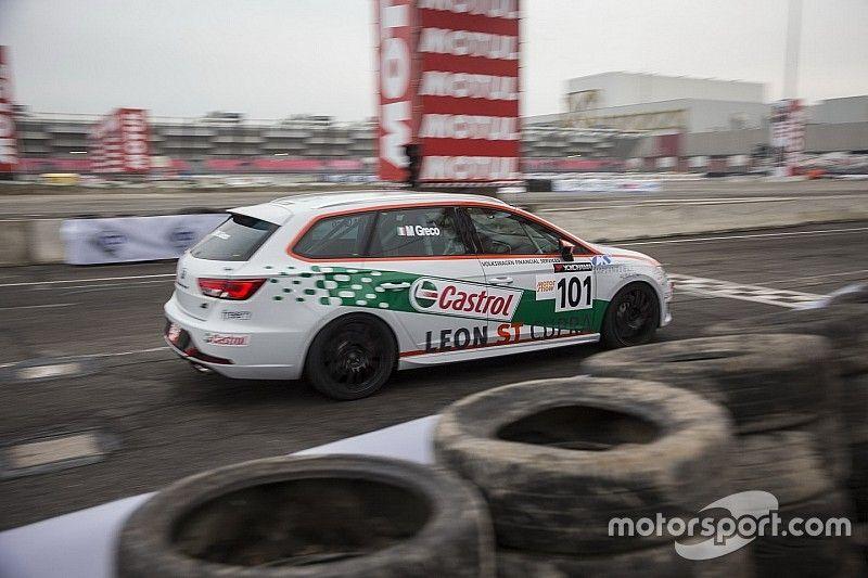 Motor Show, Seat Leon TCS: Greco piega Volpato nel derby tra giovani