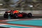 """Ricciardo lacht om middelvingerincident: """"Een gekneusde vinger!"""""""