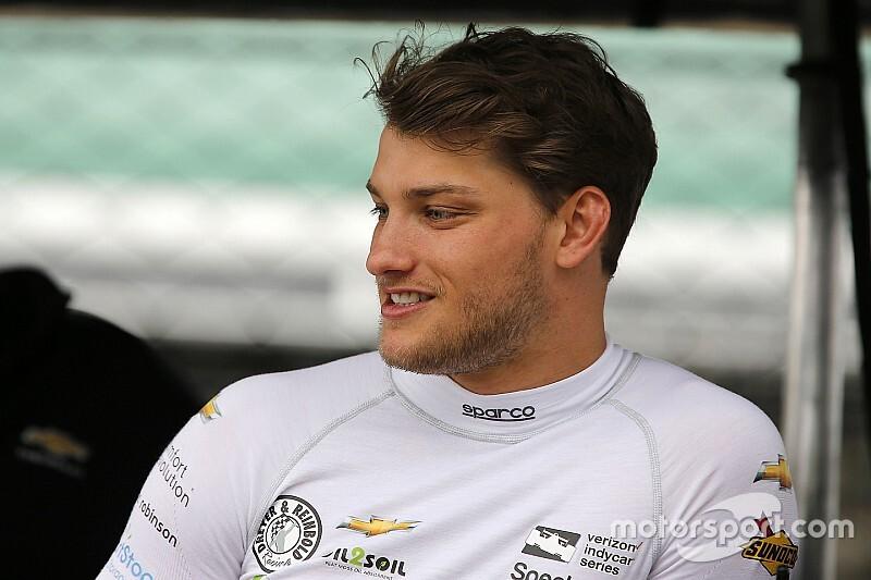 Sage Karam domine le premier IndyCar iRacing Challenge