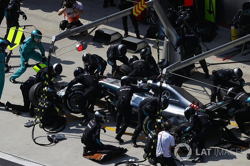 Mercedes rompió su propio récord de pitstop en China