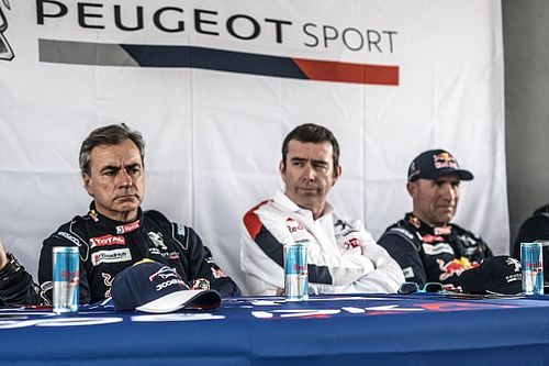 """Dakar, Famin ritratta: """"Non c'è strategia fra i piloti, basta che vinca Peugeot"""""""