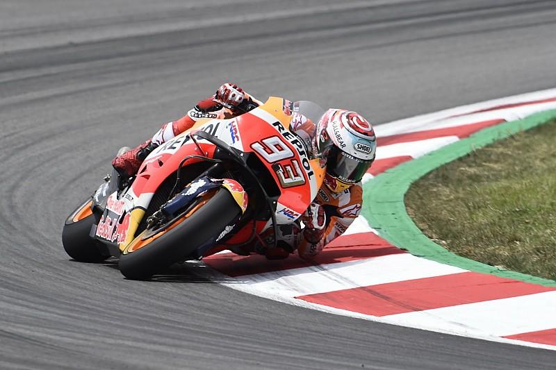 Test Barcellona: Marquez al top mentre la Yamaha non risolve i suoi guai. Brutta caduta per Petrucci