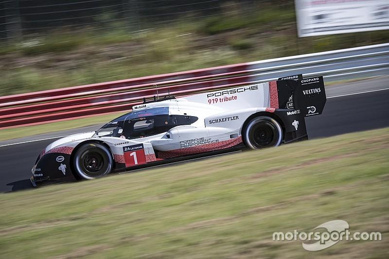 Le record de Porsche au Nürburgring en images