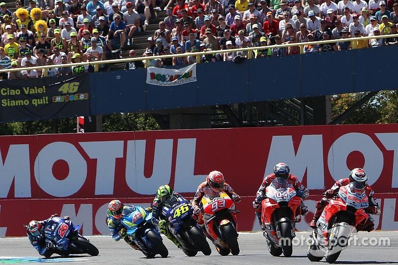 «Лучшую в истории гонку MotoGP» выложили в открытый доступ
