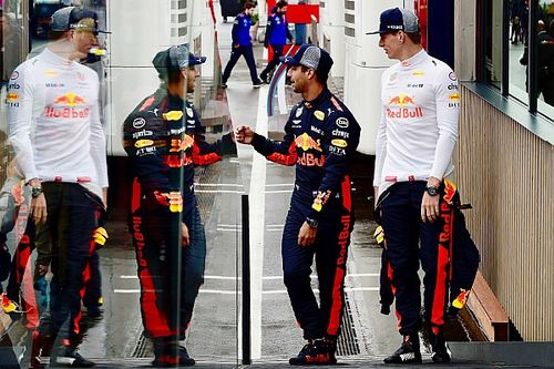Red Bull: meeting nell'hospitality con Verstappen e Ricciardo. Si regolano i conti?