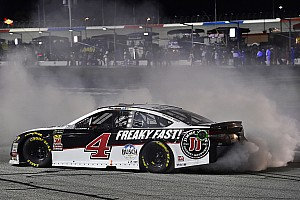 NASCAR Cup Rennbericht NASCAR: Kevin Harvick macht Atlanta-Sack endlich zu
