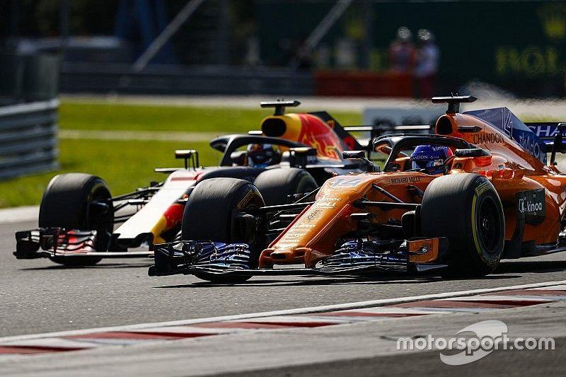 Chefe da Red Bull torce por melhora da McLaren na F1