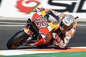 Маркес завоевал поул финального этапа MotoGP, Довициозо девятый