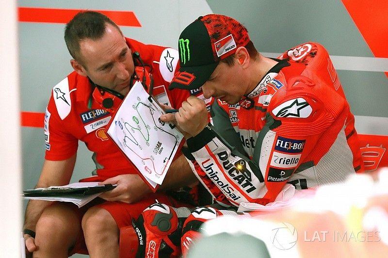 """Lorenzo: """"Tuvimos un malentendido con Gabarrini, no quería esa goma"""""""