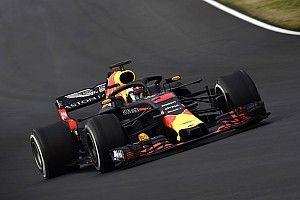 Ricciardo lidera manhã do primeiro dia de testes na Espanha