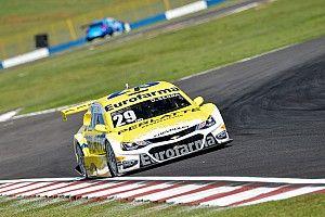 Líder do campeonato, Serra é pole em Goiânia