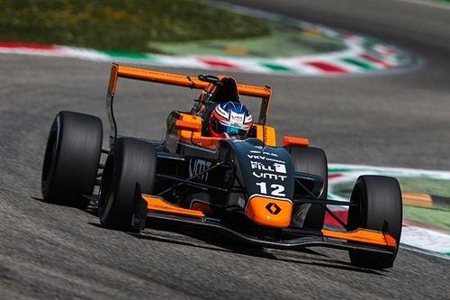 FR 2.0 Silverstone: Verschoor negende, probleemloze zege Fewtrell