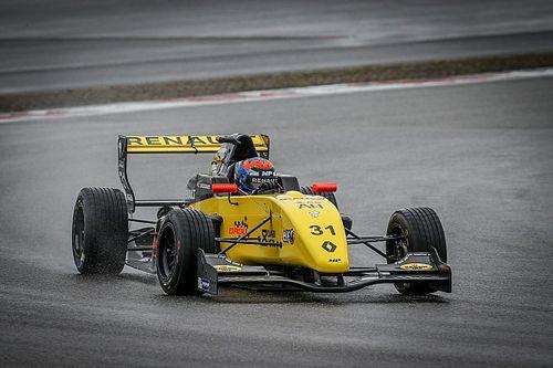 MP Motorsport-coureur Lundgaard snelste op eerste testdag Nürburgring