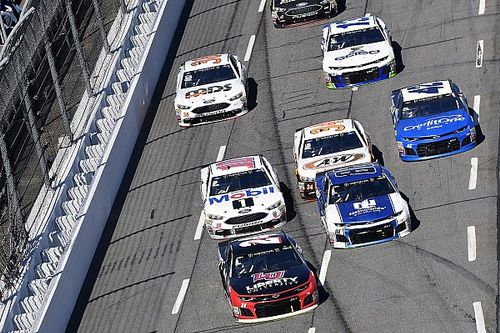 NASCAR Mailbag: Field inverts, lapped traffic and Ford's advantage