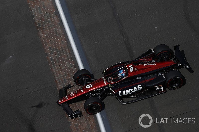 Video: Wickens choca en la práctica del lunes de Indy 500