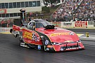 NHRA Courtney Force wins rain-delayed Topeka race