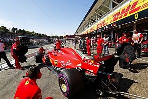 A Ferrari hogy lépett meg a motorjával a Mercedes és a Renault elől?!