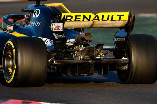 "Renault has ""no concerns"" over legality of blown wing"