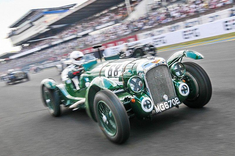 GALERÍA: los clásicos coches de Le Mans en la pista