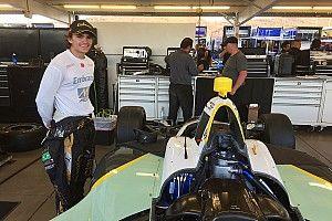 """Fittipaldi diz que ovais na IndyCar são """"incríveis"""""""