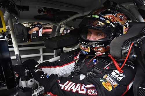 "Clint Bowyer knew he was ""in trouble"" while leading at Dover"